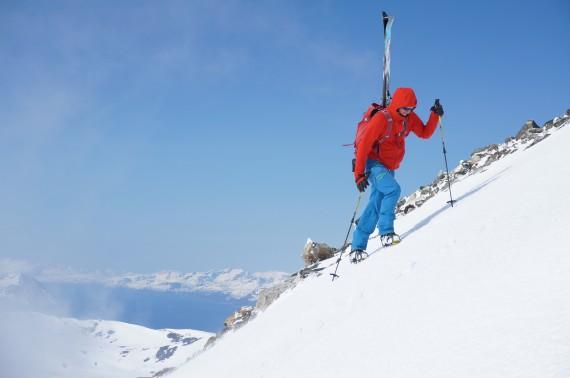 Skiing the Tverrbakktinden 1392 a few days ago with my friend Patrik Jonsson. Photo: Jimmy Halvardsson