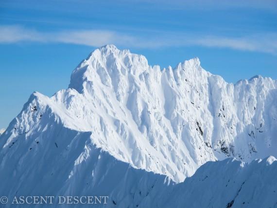 Veidalstinden 1288m is a beautiful peak in the heart of the northern Lyngen peninsula. Photo: Jimmy Halvardsson