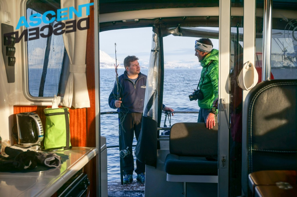 We put one day with the boat in the package for each group to enjoy the fantastic skiing on the islands, scenery and if the sea is calm we might stop and try to catch some cod.