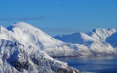 Time to book your Lyngen ski touring trip